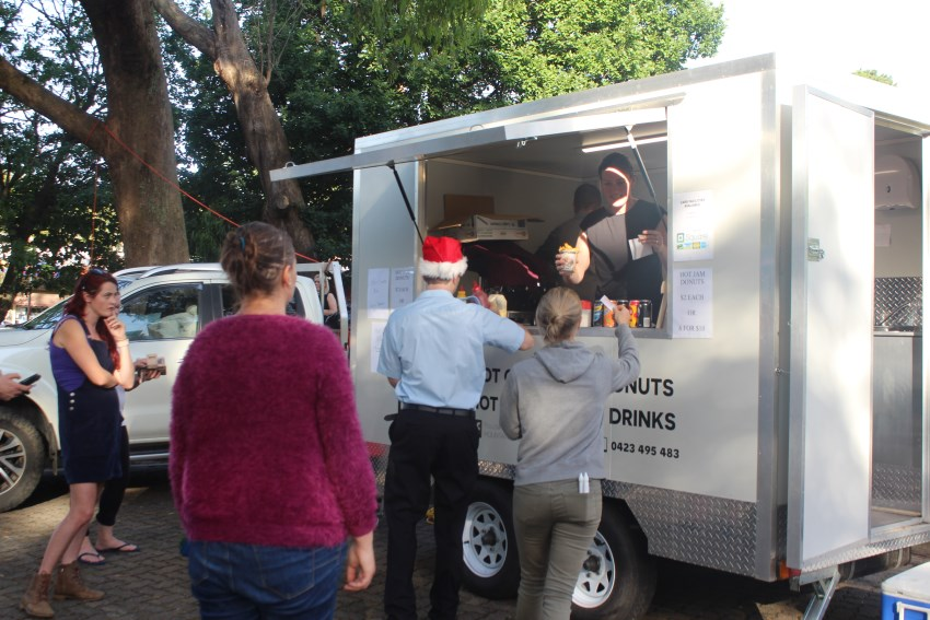 The Basin Xmas Carols 2018 – Food Vans (10)