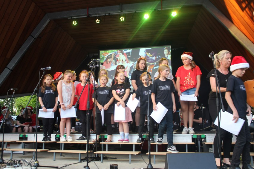 The Basin Xmas Carols 2018 – Performance (12)